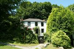 Primrose Cottage - Holiday Cottage - 1.6 miles E of Perranporth