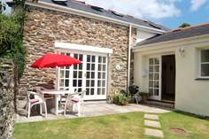 Boscolla Farm Cottage - Holiday Cottage - 1.5 miles NW of Truro