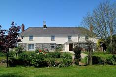 Tretharrup - Holiday Cottage - 2.4 miles SW of Helford