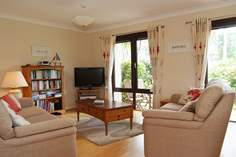 Rosemary Cottage - Holiday Cottage - 2.4 miles SW of Falmouth