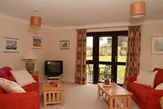 Connemara - Holiday Cottage - 2.4 miles SW of Falmouth