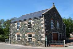 The Old Chapel - Holiday Cottage - Mullion