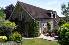 Woodpecker Cottage - Holiday Cottage - 7.4 miles NW of Lyme Regis