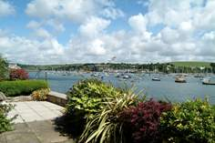 Water's Edge - Holiday Cottage - Falmouth
