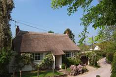 The Old School House - Holiday Cottage - 6.2 miles W of Blandford Forum