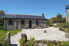 Cowslip - Holiday Cottage - 6.2 miles NW of Fowey