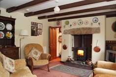 Lower Nance - Holiday Cottage - 1.2 miles SE of Portreath