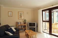Beachcomber Cottage - Holiday Cottage - 2.4 miles SW of Falmouth