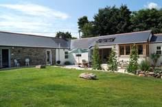 Grambla Cottage - Holiday Cottage - 1.9 miles E of Helston