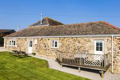 Rowes Cottage - Holiday Cottage - 2.7 miles S of Helston