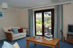 Bramble Cottage - Holiday Cottage - 2.4 miles SW of Falmouth