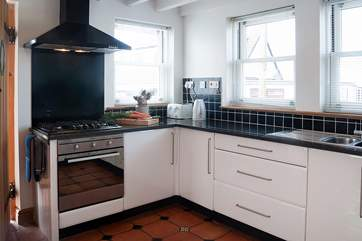 This fabulous kitchen can keep even the keenest cook happy.