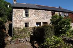 Tintin Cottage - Holiday Cottage - 1.2 miles S of St Ives