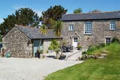 Little Trebarvah - Holiday Cottage - 6.4 miles W of Falmouth