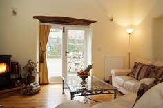 Tredis House Barn - Holiday Cottage - 6.2 miles NW of Kingsand