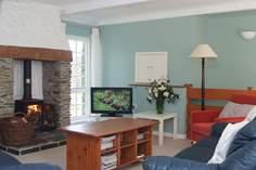 Crugsillick Court - Holiday Cottage - 5.4 miles NE of St Mawes