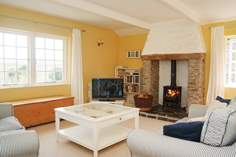 Little Crugsillick - Holiday Cottage - 5.4 miles NE of St Mawes