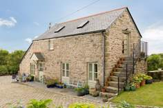 Higher Manhay Barn - Holiday Cottage - 7.6 miles W of Falmouth