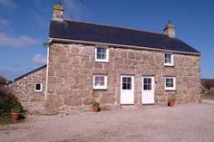 Bosanketh Cottage - Holiday Cottage - 2.2 miles E of Sennen