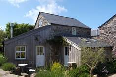 Nancy's House - Holiday Cottage - 8.4 miles SW of St Ives
