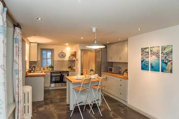 Lovely slate floors in the kitchen breakfast area