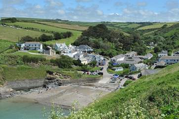 The hamlet of Port Gaverne with the pub at the heart.