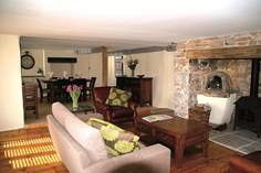 Wisteria Cottage - Holiday Cottage - 4.3 miles NE of Totnes