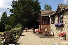 Wadsbury Farm Cottage - Holiday Cottage - 8.8 miles NW of Lyme Regis