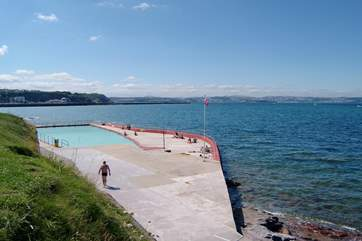The locally renowned open-air Shoalstone salt-water swimming pool.