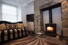 Bumble Bee Cottage - Holiday Cottage - Penzance