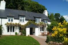 Jasmine Cottage - Holiday Cottage - 4.3 miles NE of Totnes