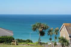 Porthia Blue - Holiday Cottage - 1.3 miles SE of St Ives