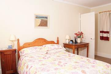The double bedroom is very light and spacious. You can lie in bed and see countryside on both sides.
