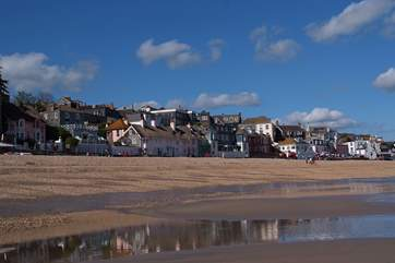 Lyme Regis is always a great place to visit, only 30 minutes' away.