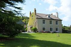 Venton House - Holiday Cottage - 1.1 miles NW of Kingsand