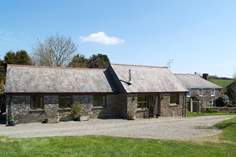 Bay Tree Cottage - Holiday Cottage - 3.7 miles W of Looe