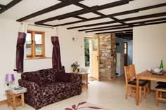 Horseshoe Cottage - Holiday Cottage - 4.6 miles NW of Tavistock
