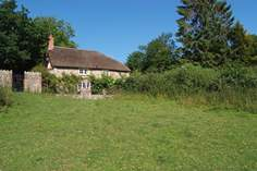 Shedrick Cottage - Holiday Cottage - 4 miles SE of Chard