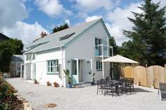 Scott's Cottage - Holiday Cottage - 2.2 miles N of Porthleven