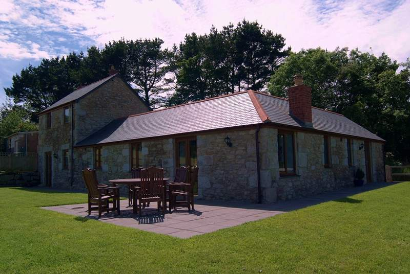 Treboast Skyber has a large, virtually level lawned garden with wonderful views across the surrounding countryside.