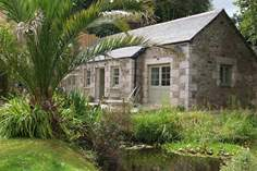 Nansbara - Holiday Cottage - 2.6 miles SE of Helford