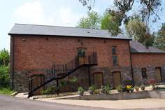 Westlake Barn - Holiday Cottage - 8 miles NW of Tiverton