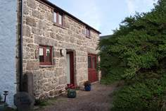 Lower Rissick Cottage - Holiday Cottage - 2.3 miles E of Sennen