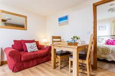 Munnings Studio - Holiday Cottage - Lamorna Cove