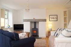 Snorkie's Cottage - Holiday Cottage - 1.7 miles N of Mevagissey