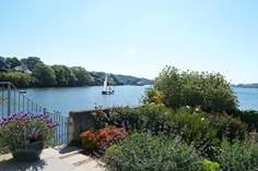 Chycoose Cottage - Holiday Cottage - 3.9 miles N of Falmouth