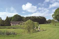 Mount Pleasant Lodge - Holiday Cottage - 6.1 miles NW of Honiton