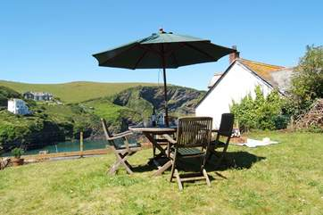 The garden furniture will be used throughout the day as it basks in sunshine.