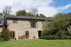 Purtington Barn Cottage - Holiday Cottage - 3.3 miles W of Crewkerne