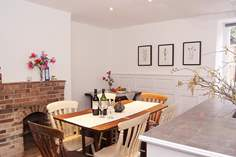 Thetis Cottage - Holiday Cottage - Shaftesbury